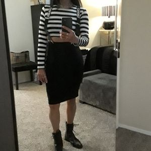 Aritzia T. Babaton Black High Waisted Pencil Skirt